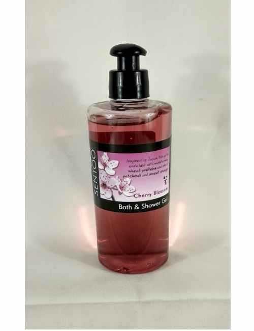 Gel de Baño y Ducha con un agradable aroma a Flor De Cerezo