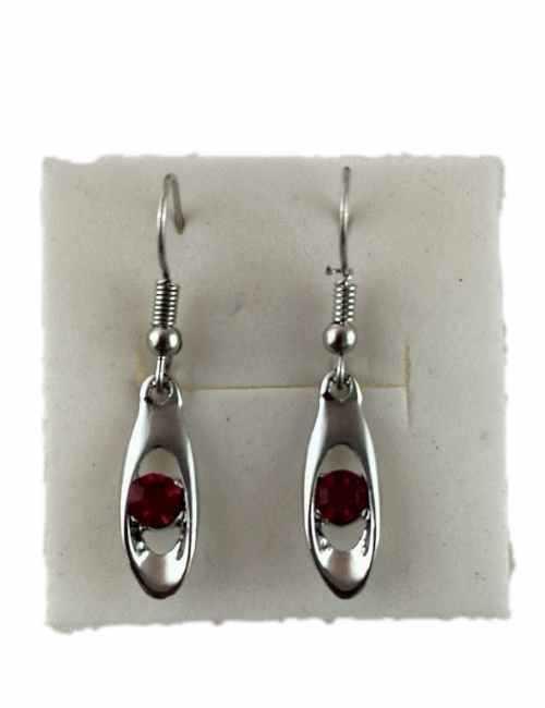 Pendientes de Colgar con un pequeño cristal de Swarovski color Rojo