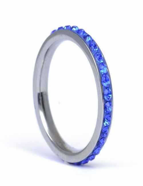 Anillo fino con cristales de Swarovski color Azules